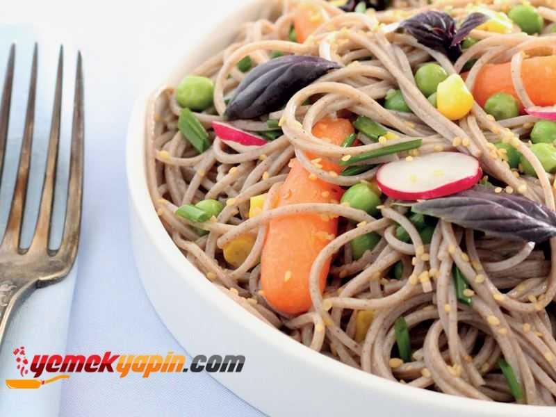 Zencefilli ve Susam Soslu Soba Noodle